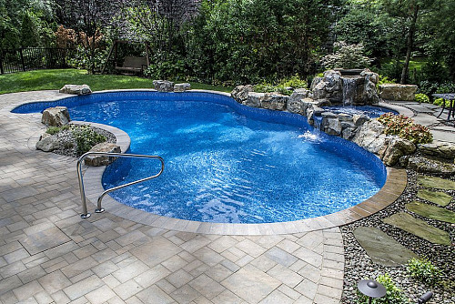 Pool and photo by Deck and Patio Company/Hometalk.com.